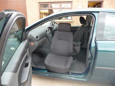 Motability Ireland Manufacture Swivel Seats To Allow Ease Of Access Into Your Vehicle They Are Most Commonly Fitted Front Passenger Although